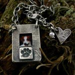 Peek-A-Boo Paw Locket